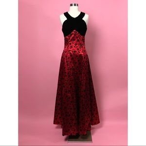 On On Fashion rose full length evening dress small